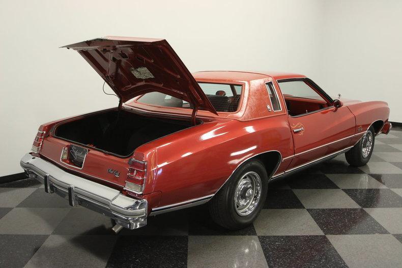 1977 Chevrolet Monte Carlo Landau #31