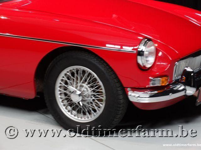 MG B Roadster Red '67 #106