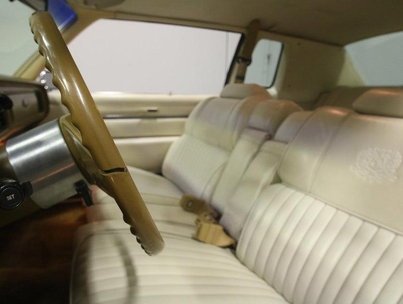 1975 Chrysler New Yorker Brougham #45