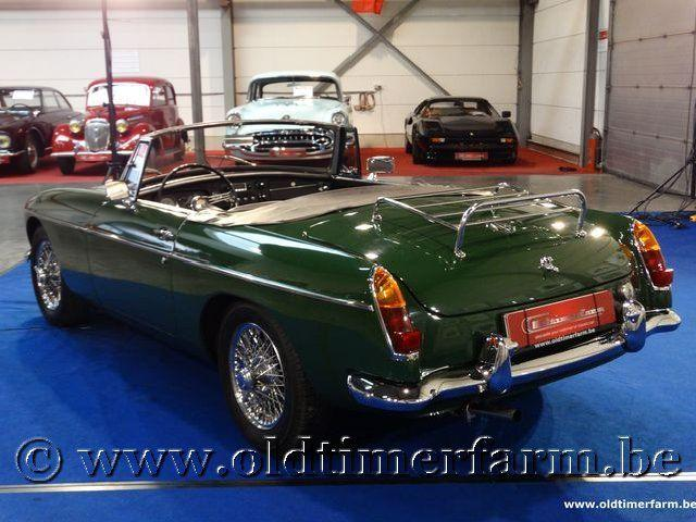 MG B Roadster Green '66 #1