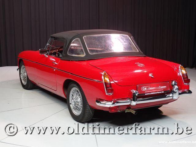 MG B Roadster Red '67 #220