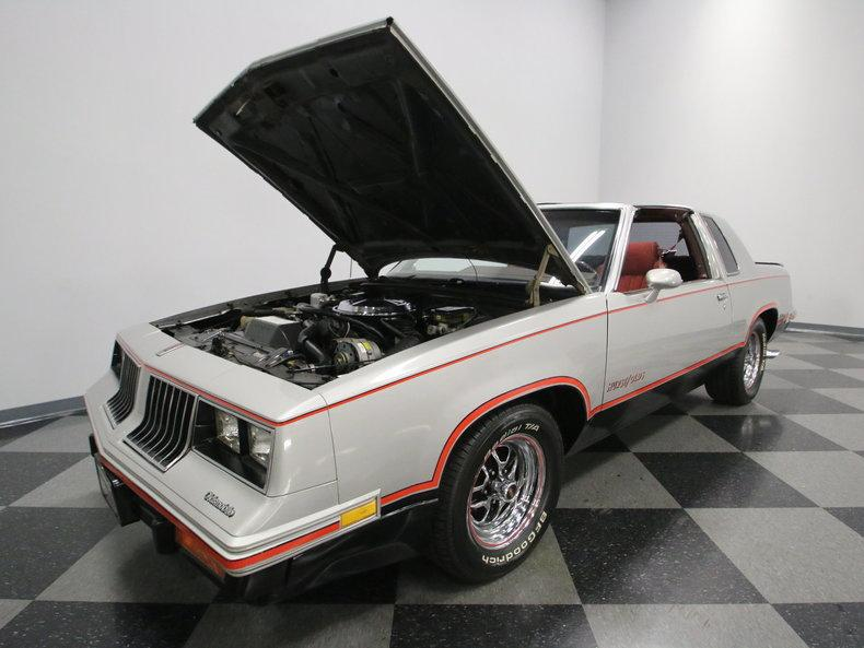 1984 Oldsmobile Cutlass Hurst/Olds #32