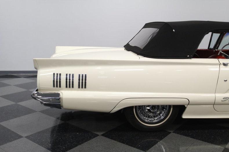 1960 Ford Thunderbird J-Code #25