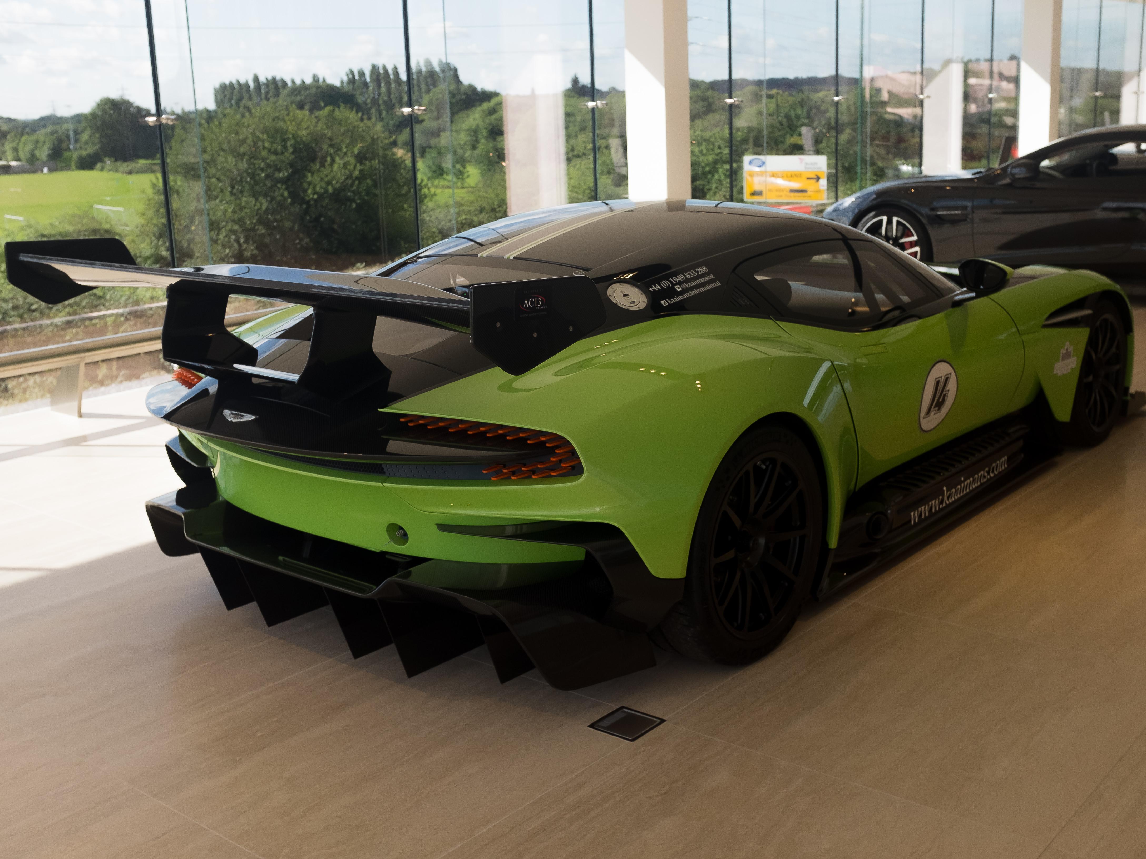 Aston Martin Vulcan (Vat Qualifying) #43