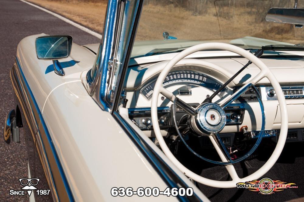 1957 Ford Fairlane 500 Sunliner Restomod #56