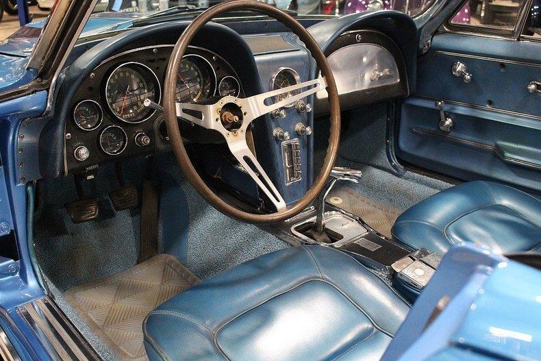 1965 Chevrolet Corvette #14
