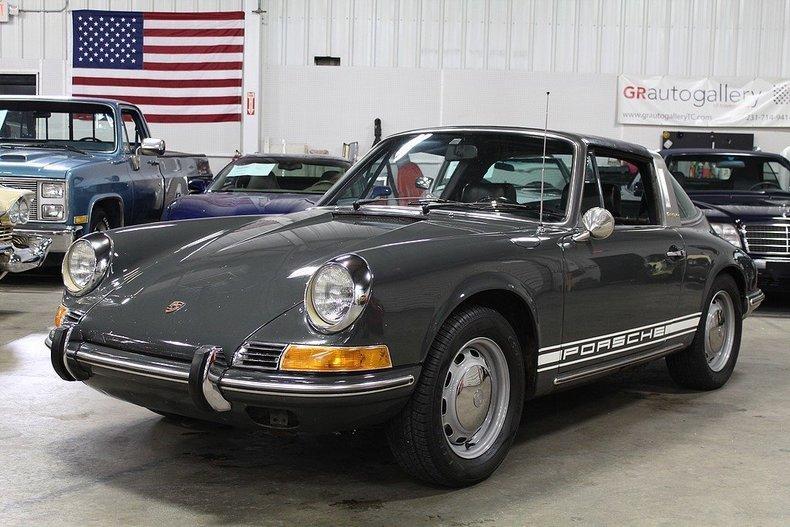 1969 Porsche 911 T #0