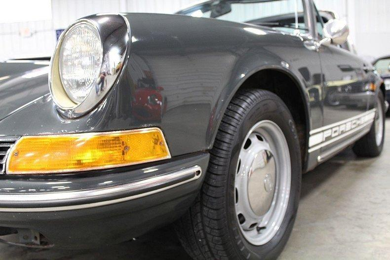 1969 Porsche 911 T #24