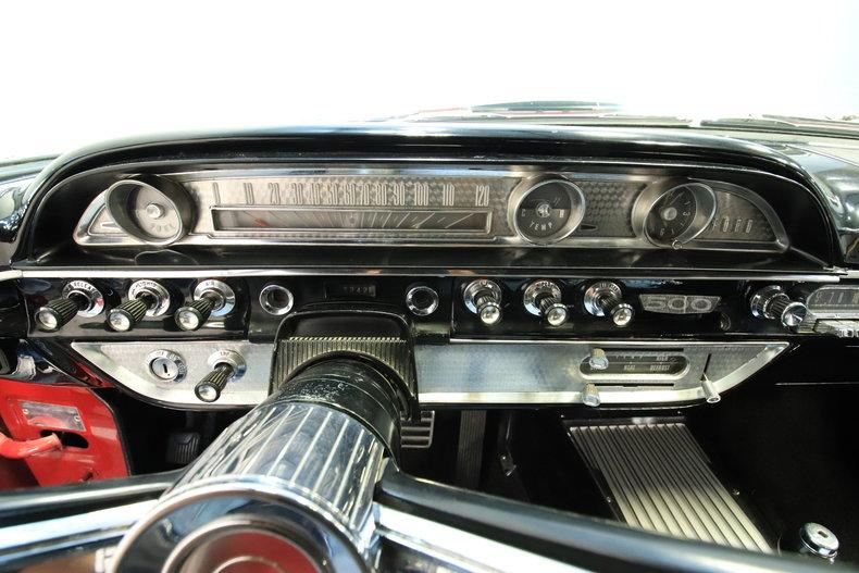 1962 Ford Galaxie 500 Sunliner #37