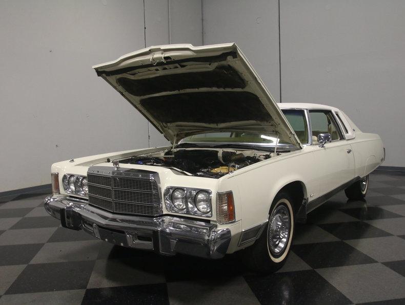 1975 Chrysler New Yorker Brougham #29