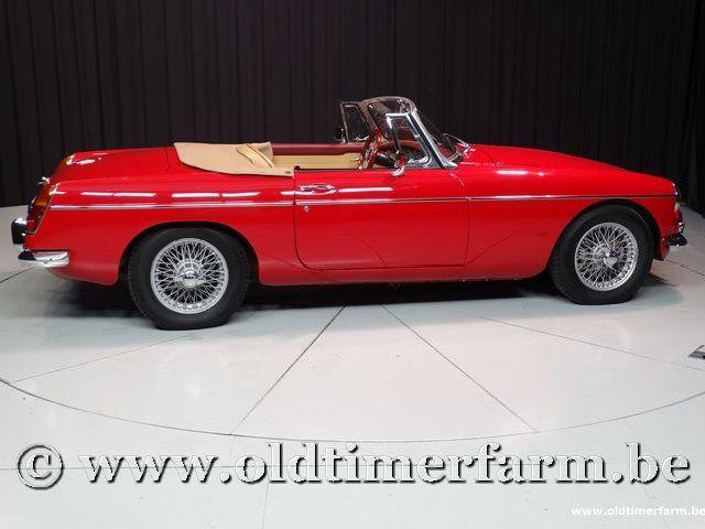 MG B Roadster Red '67 #73