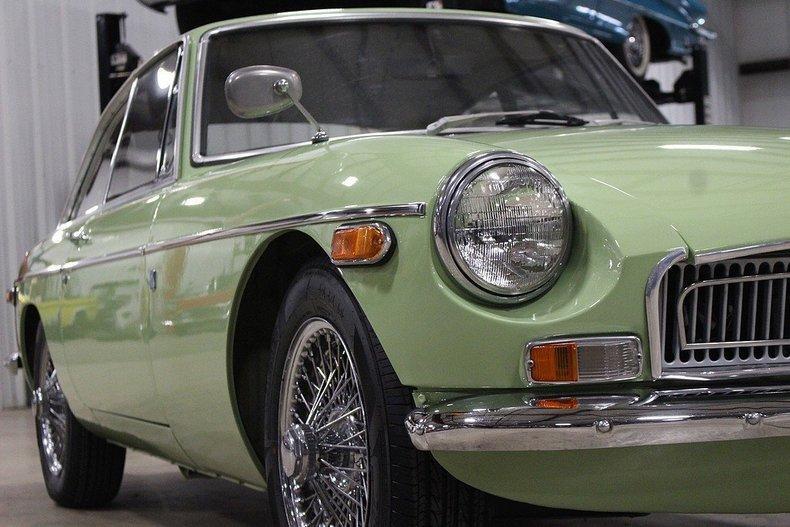 1970 MG MGB GT #30