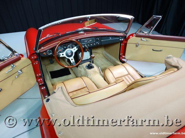 MG B Roadster Red '67 #140