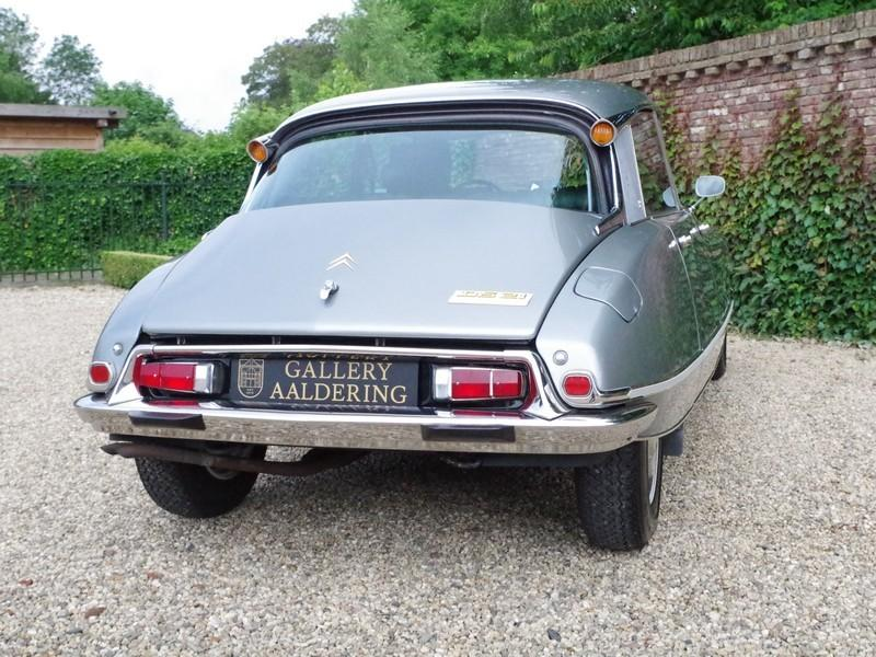 CITROËN DS21 PALLAS INJECTION WITH SUNROOF AND MANUAL GEARBOX! . (1970) #0