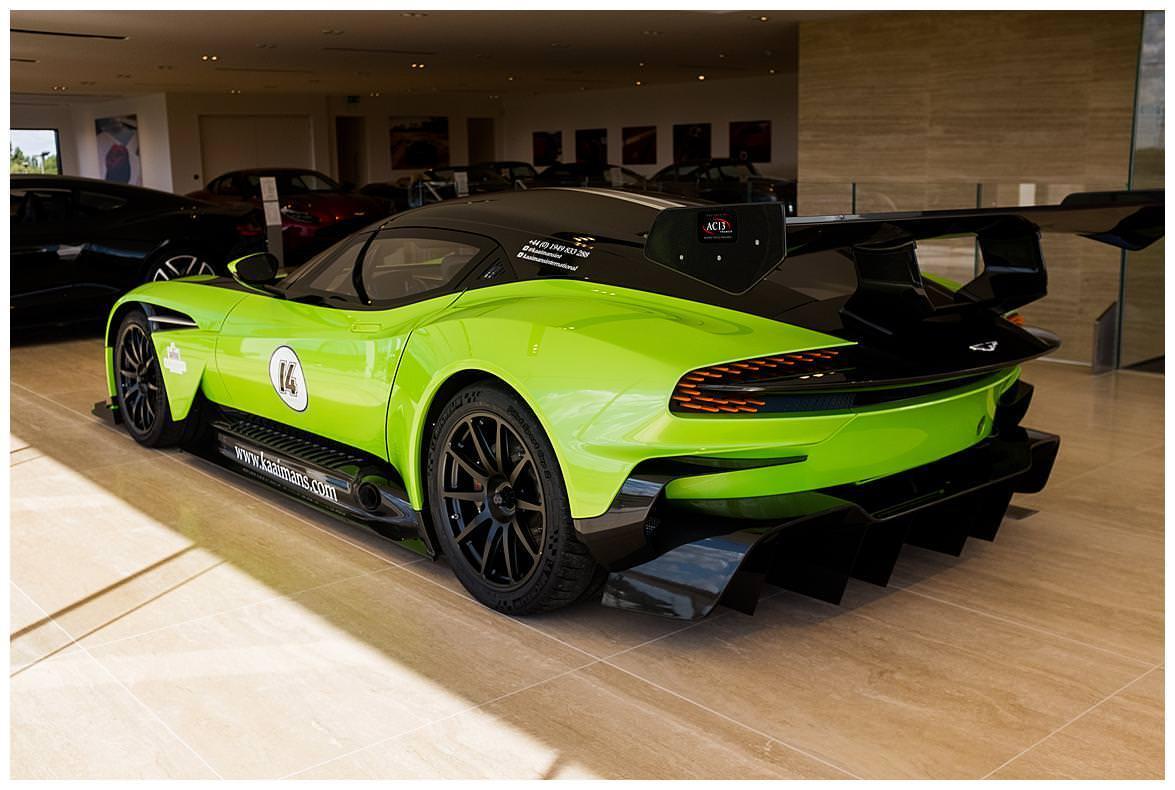 Aston Martin Vulcan (Vat Qualifying) #29