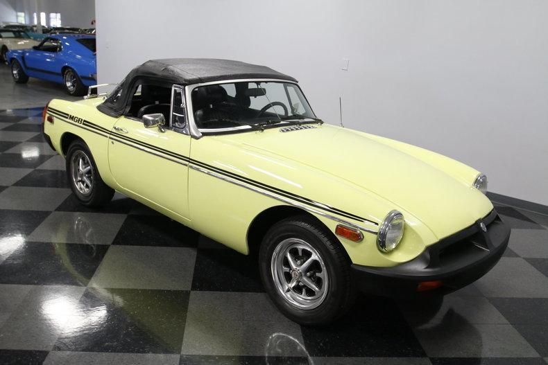 1976 MG MGB #24