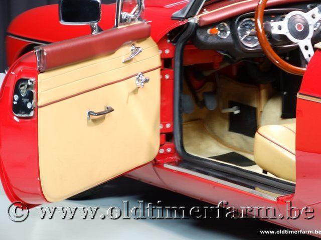 MG B Roadster Red '67 #135