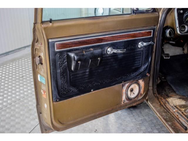 Chevrolet Pickup Custom Camper V8 #65