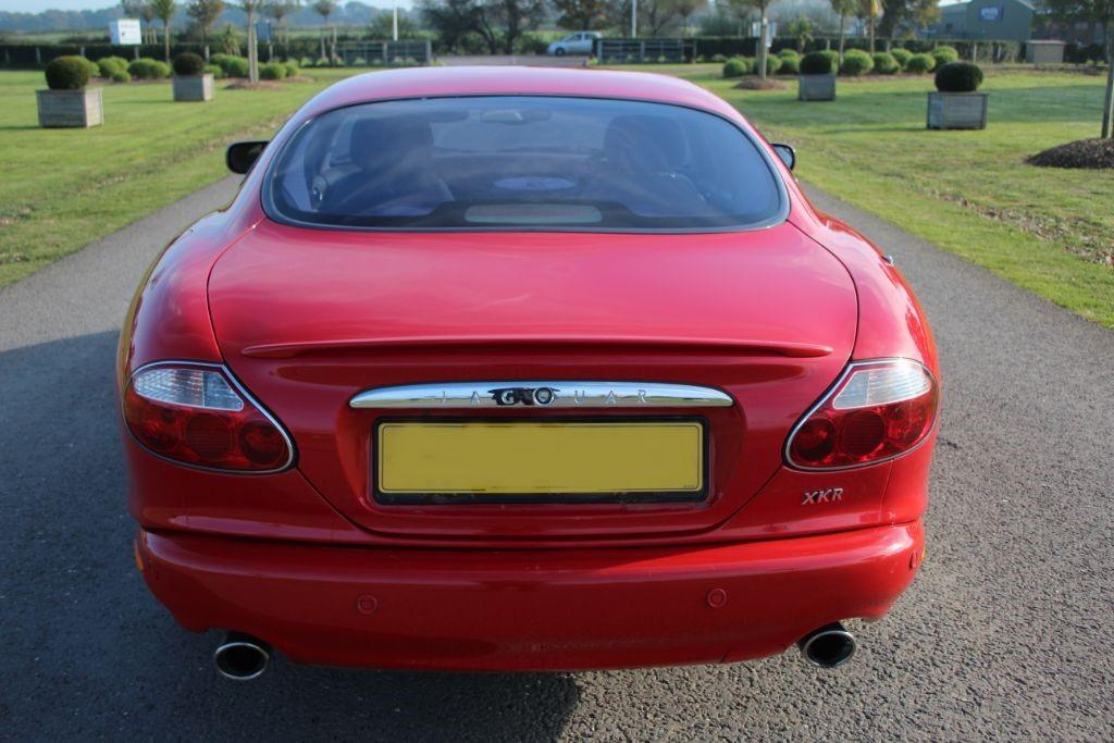 Jaguar XK XKR COUPE #5