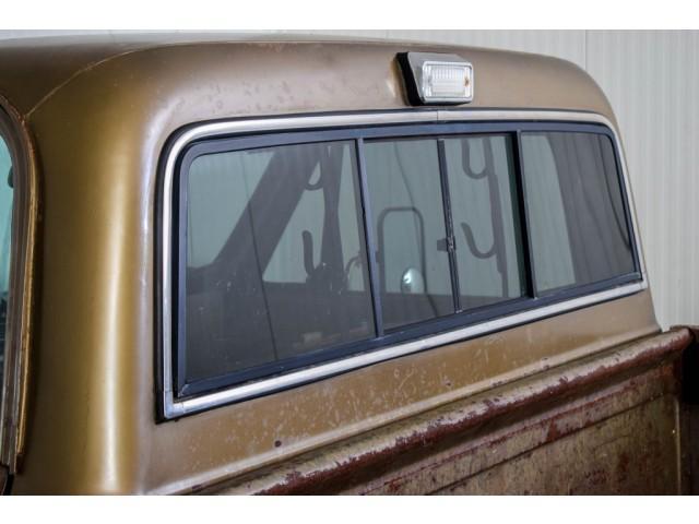 Chevrolet Pickup Custom Camper V8 #15