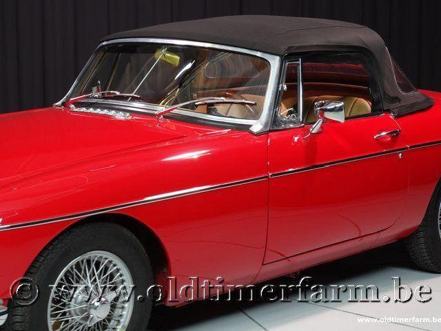 MG B Roadster Red '67 #212