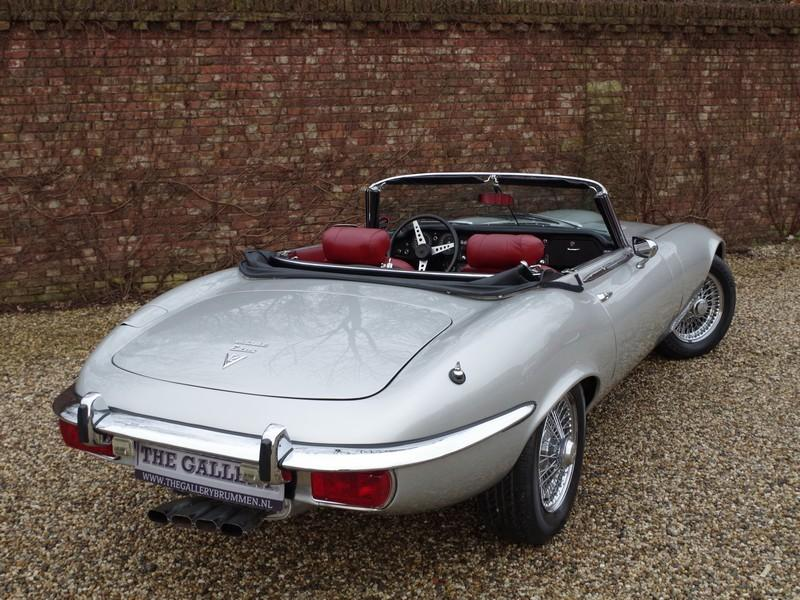 Jaguar E-type series 3 V12 convertible manual gearbox, with factory AC (1973) #36