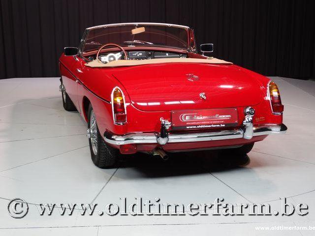 MG B Roadster Red '67 #66