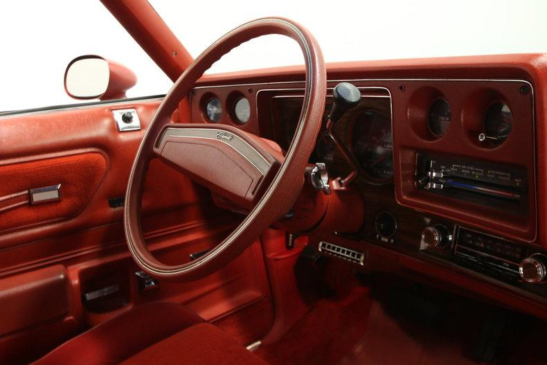 1977 Chevrolet Monte Carlo Landau #48