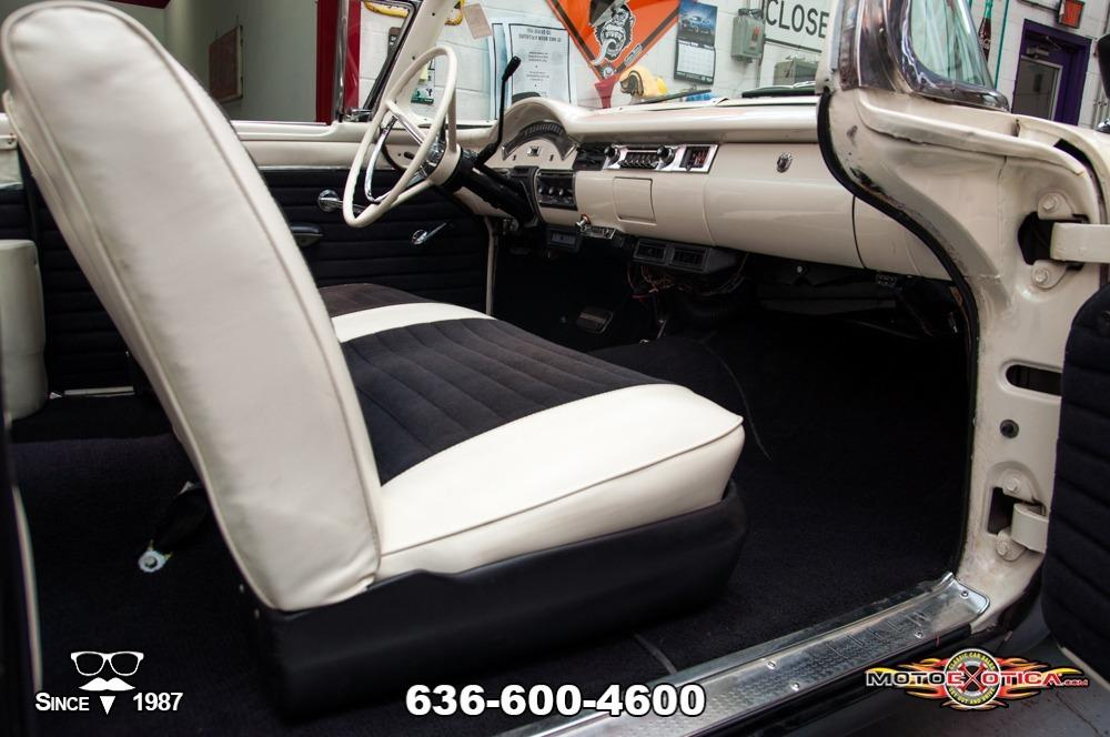 1957 Ford Fairlane 500 Sunliner Restomod #77