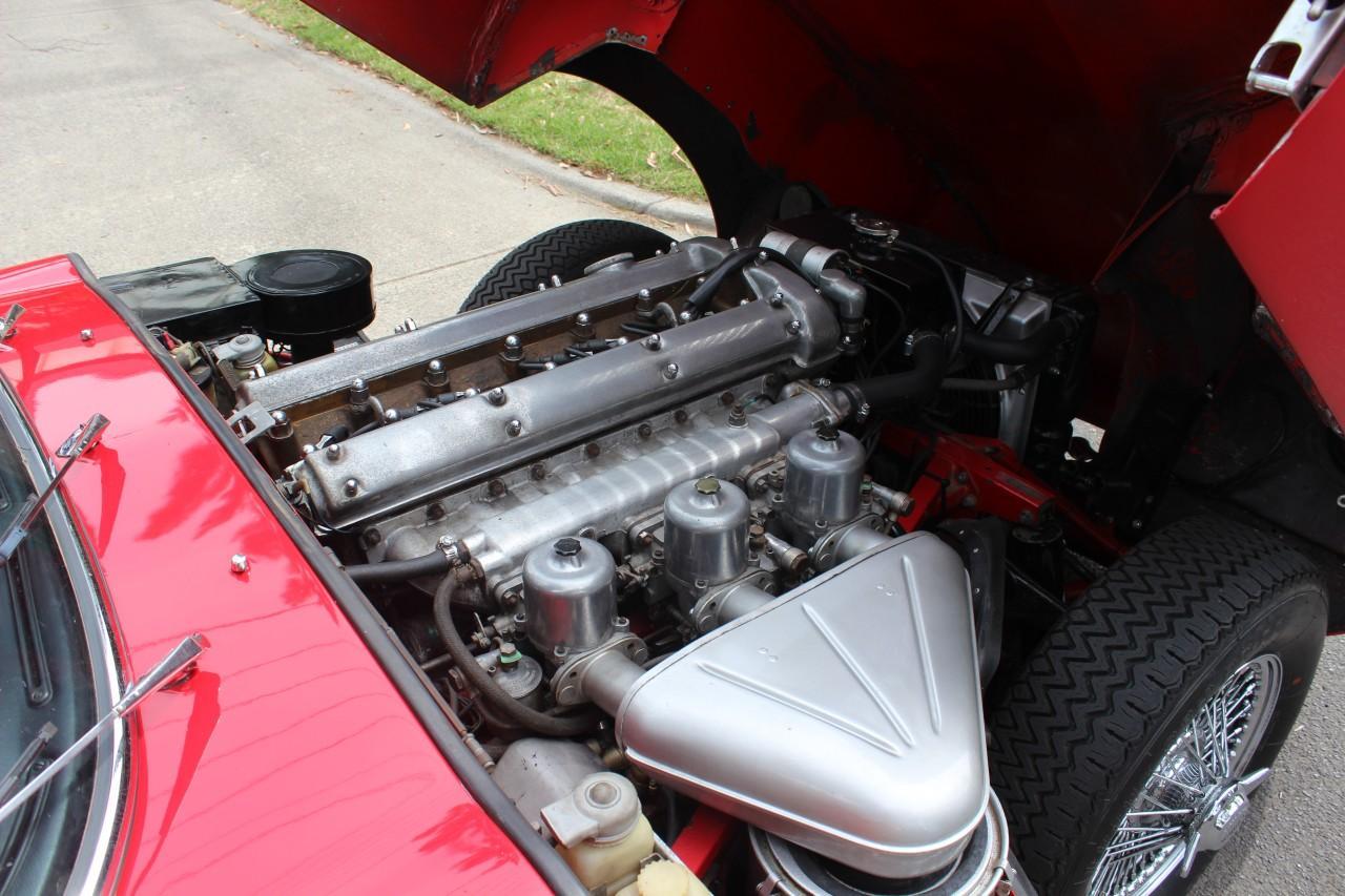 Jaguar E-Type #10
