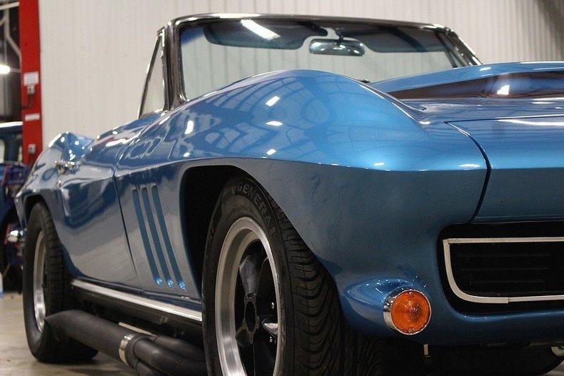 1965 Chevrolet Corvette #28