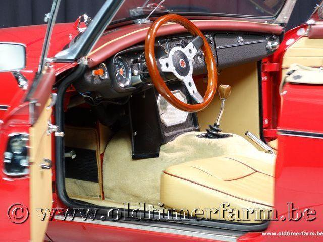 MG B Roadster Red '67 #133
