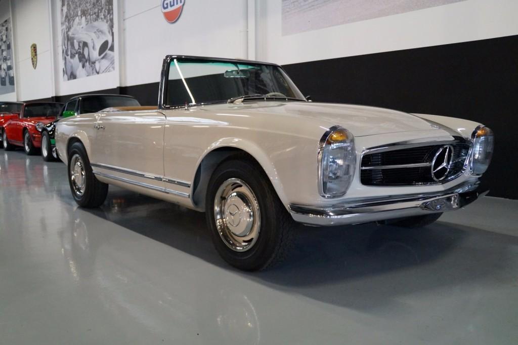 Mercedes-Benz 230SL Pagoda concourse 1966 #0