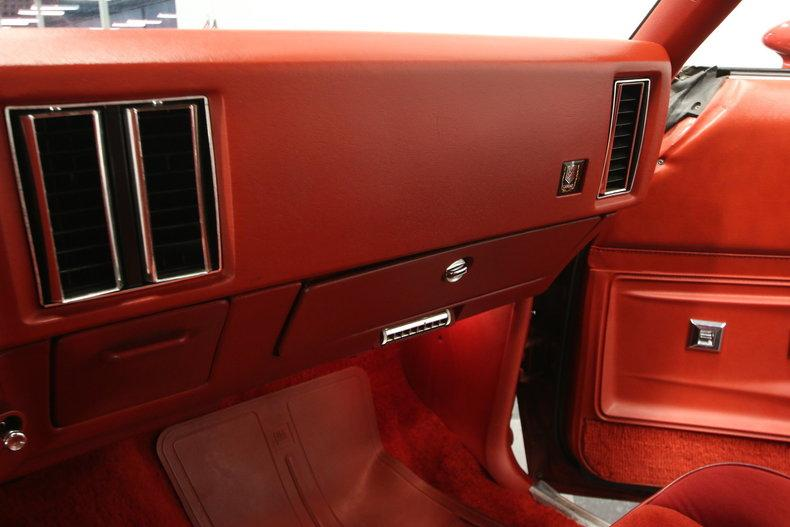 1977 Chevrolet Monte Carlo Landau #41