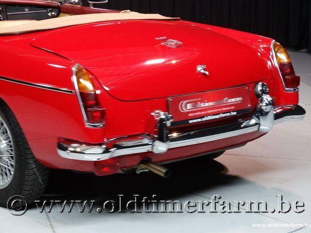 MG B Roadster Red '67 #90
