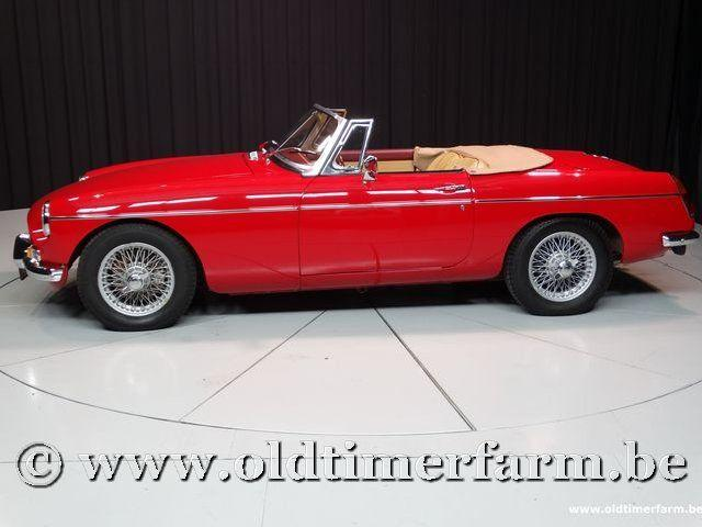 MG B Roadster Red '67 #60