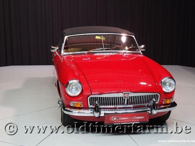 MG B Roadster Red '67 #209