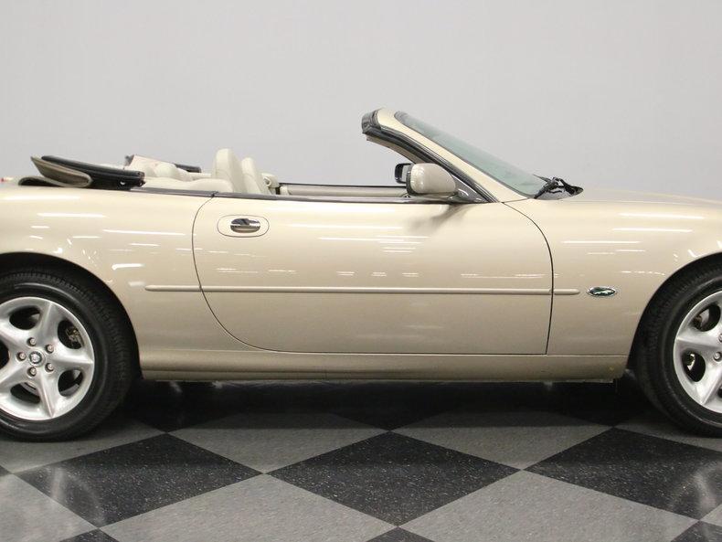 2000 Jaguar XK8 #29