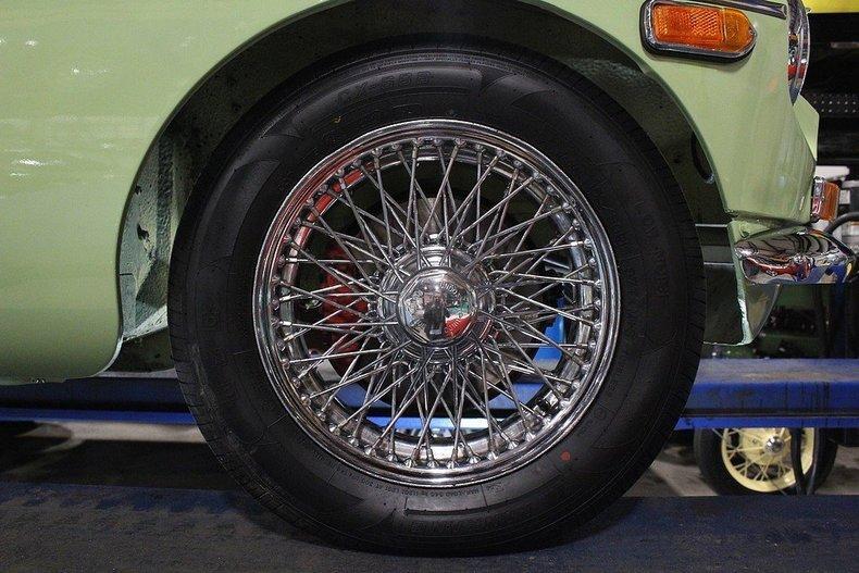 1970 MG MGB GT #84