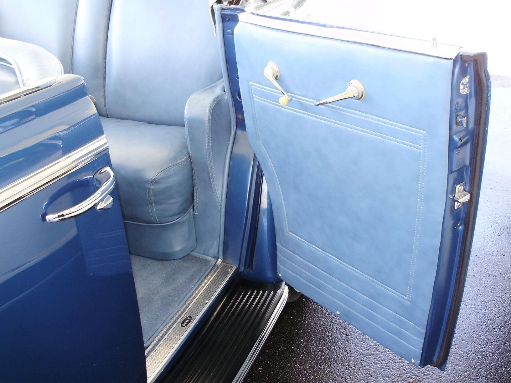 1940 BUICK CENTURY CONVERTIBLE SEDAN - Vintage Motors of Sarasota Inc. #37