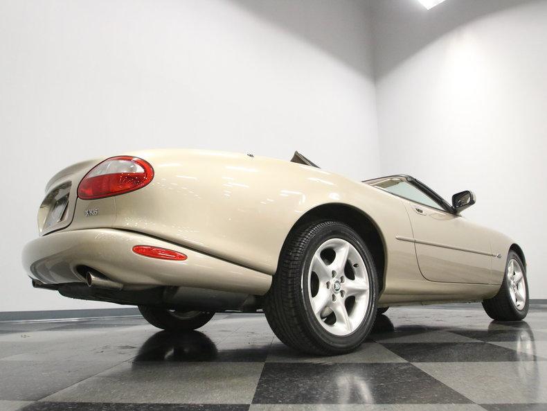 2000 Jaguar XK8 #25