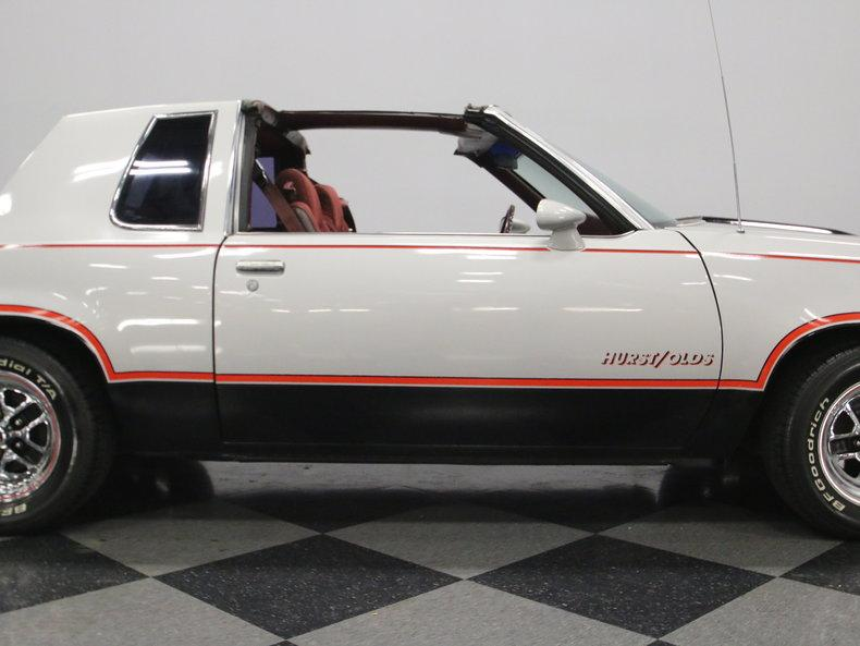 1984 Oldsmobile Cutlass Hurst/Olds #27