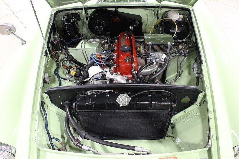 1970 MG MGB GT #21