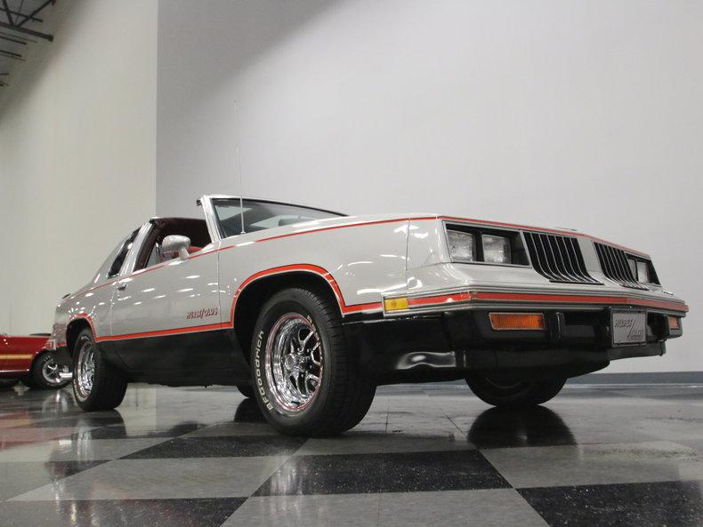 1984 Oldsmobile Cutlass Hurst/Olds #31