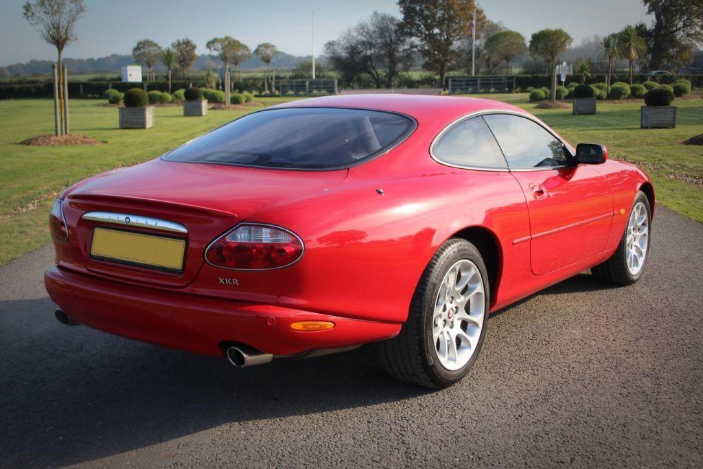 Jaguar XK XKR COUPE #8