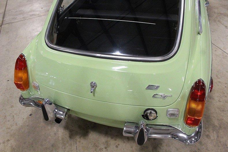 1970 MG MGB GT #10