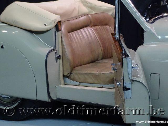 Jaguar XK120 Drop Head Coupé '53 #95