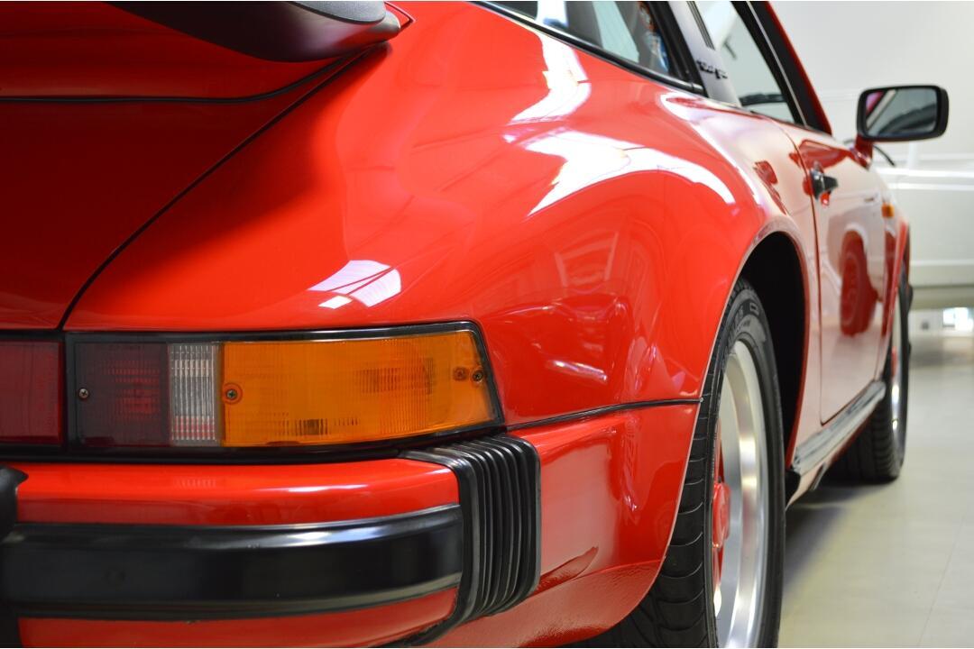 1988 Porsche 911 Carrera Sport Targa #7