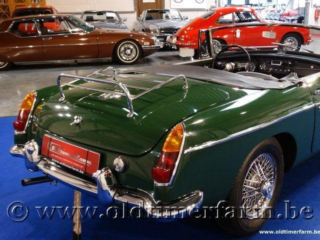 MG B Roadster Green '66 #13