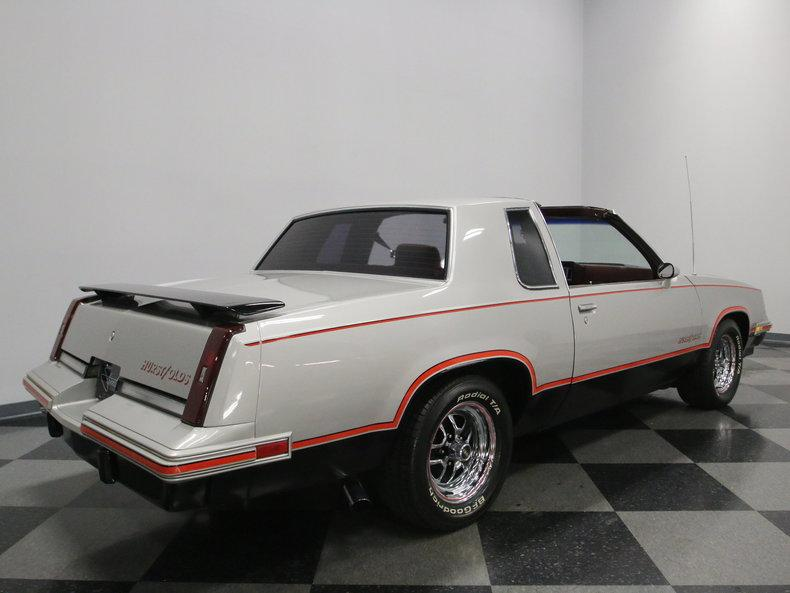 1984 Oldsmobile Cutlass Hurst/Olds #21